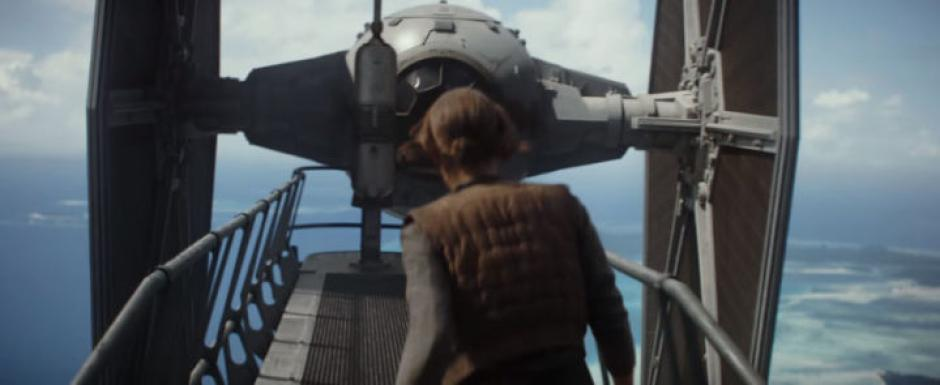 Ella es Jyn, la heroína de Rogue One. (Captura de pantalla: Star Wars/YouTube)