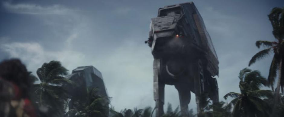 "Este es un AT-ACT, que según sus siglas significa ""All-Terrain Armoured Cargo Transport"". (Captura de pantalla: Star Wars/YouTube)"