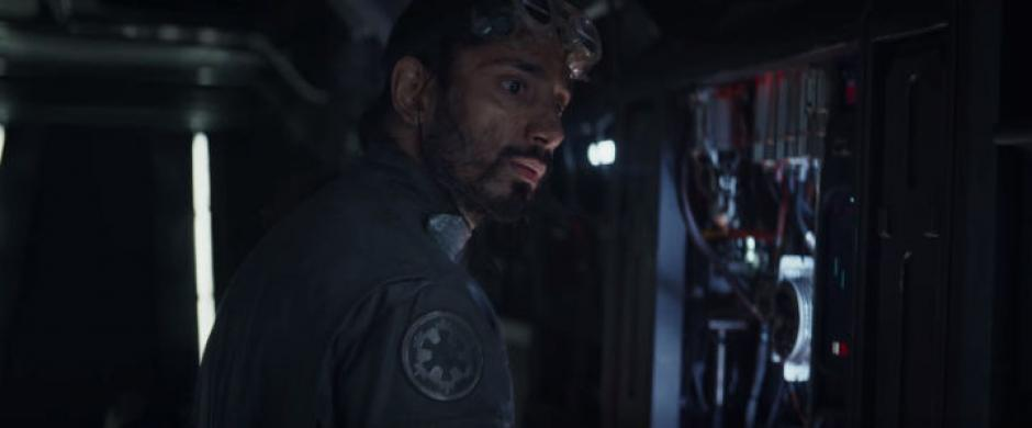 Bodni Rook es interpretado por Riz Ahmed. (Captura de pantalla: Star Wars/YouTube)