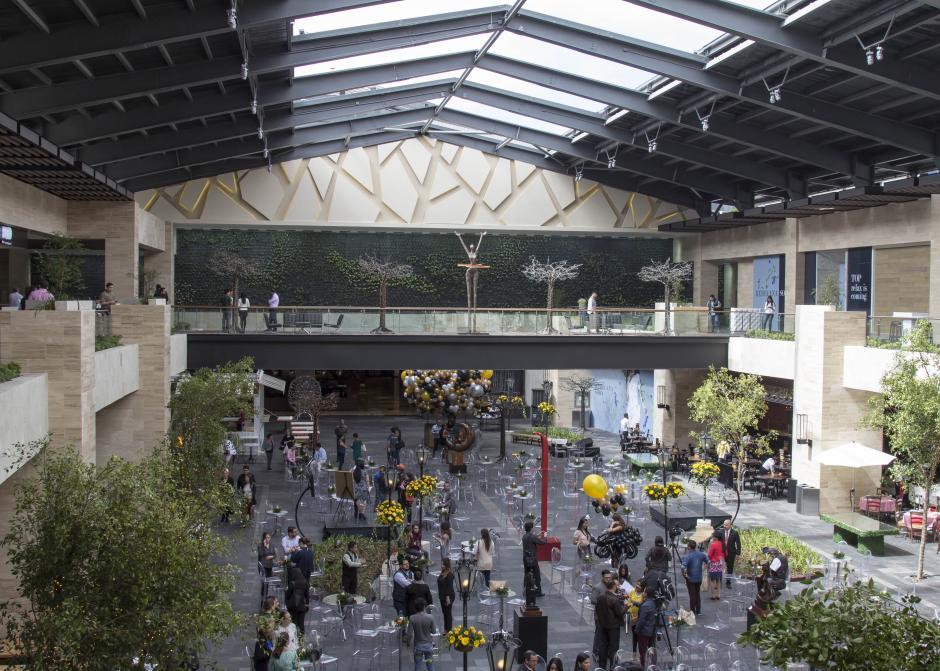 La plaza al aire libre permitirá una experiencia de compra diferente. (Foto: Eddie Lara/Soy502)