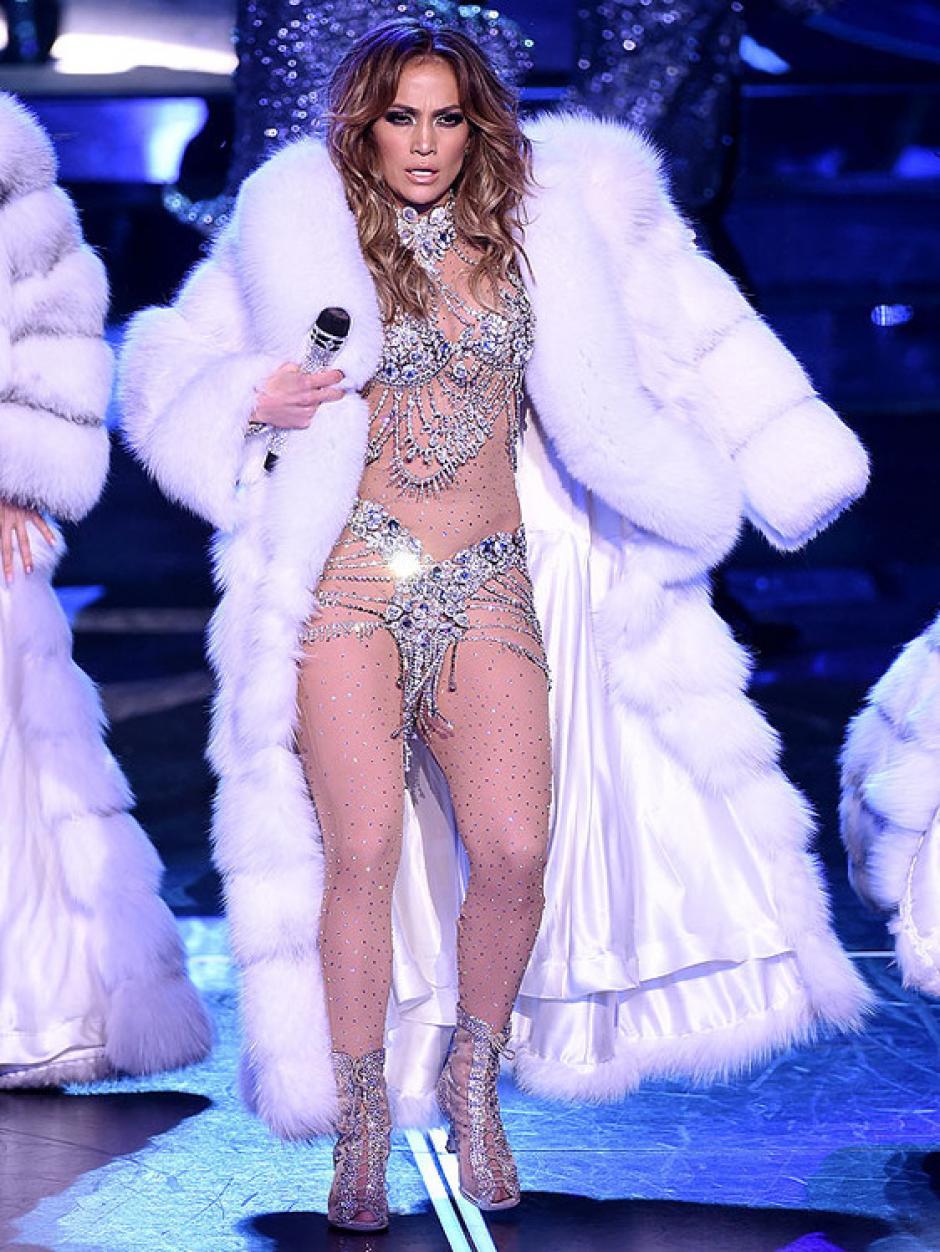 Jennifer Lopez brilló en su primer show en Las Vegas. (Foto:eonline)
