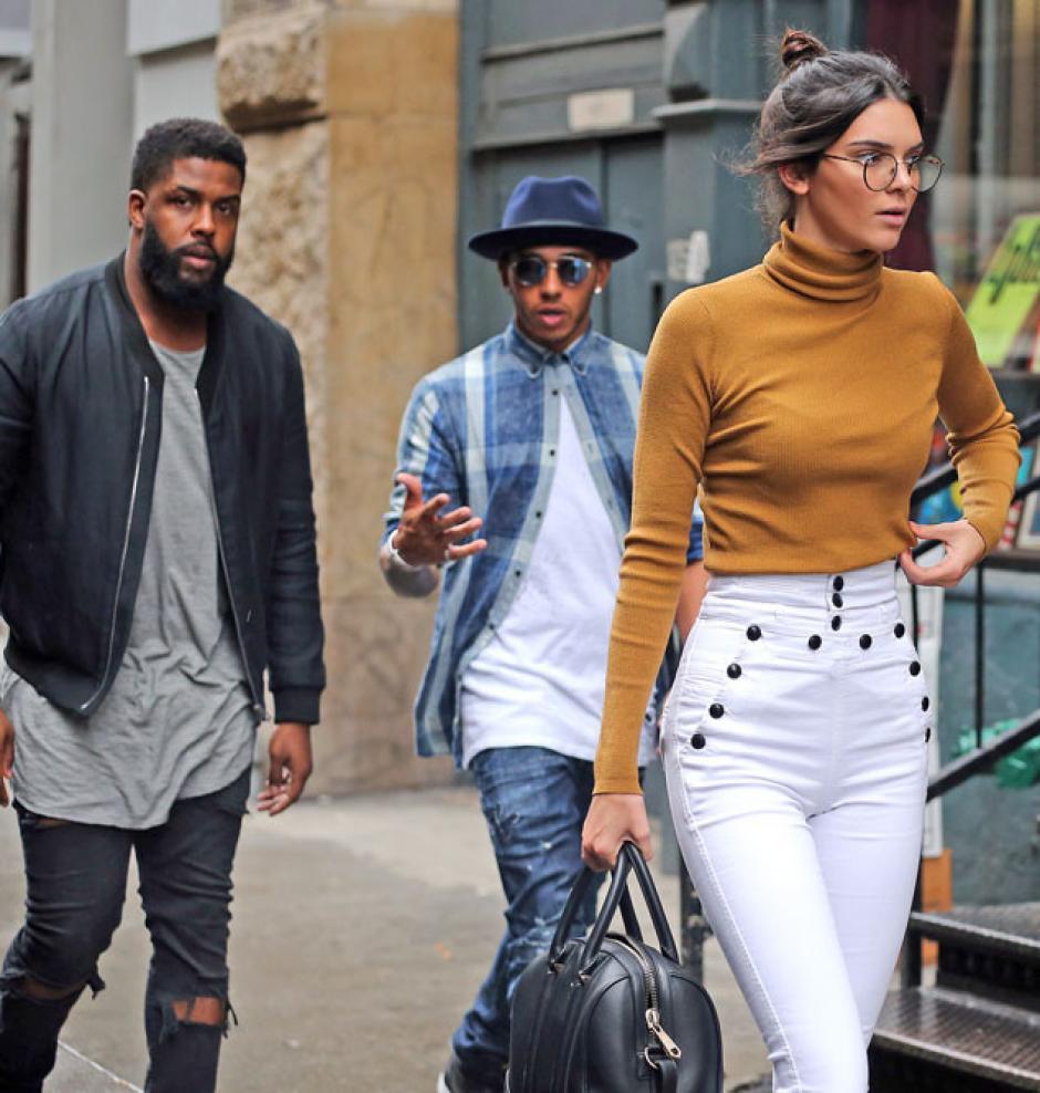 Parece que cualquier prenda o accesorio que use Kendall, siempre combinará con su estilo. (Foto: Kendall Jenner)