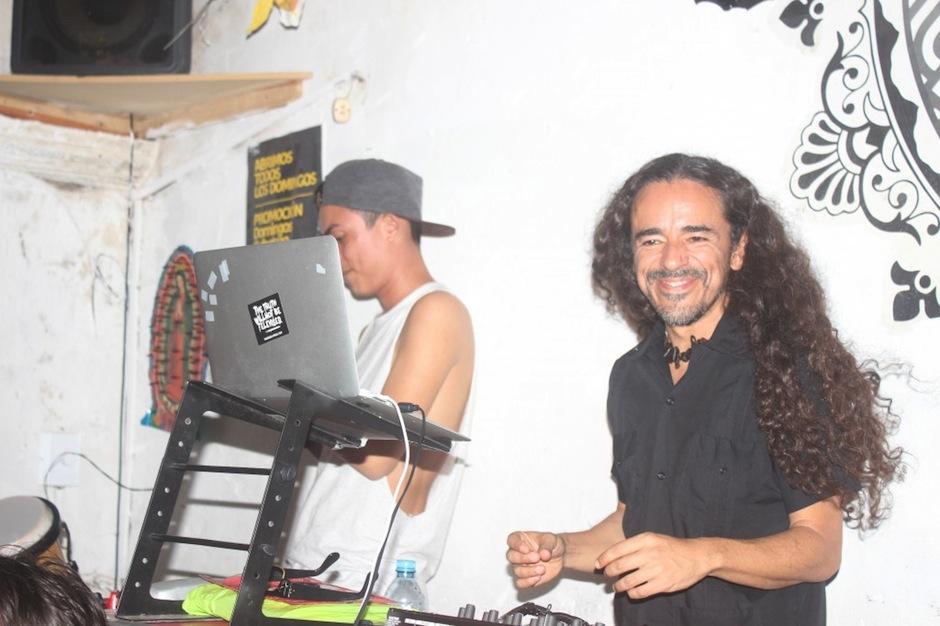 Rubén se presentará en Antigua Guatemala con sus mezclas. (Foto: yucatan.com.mx)