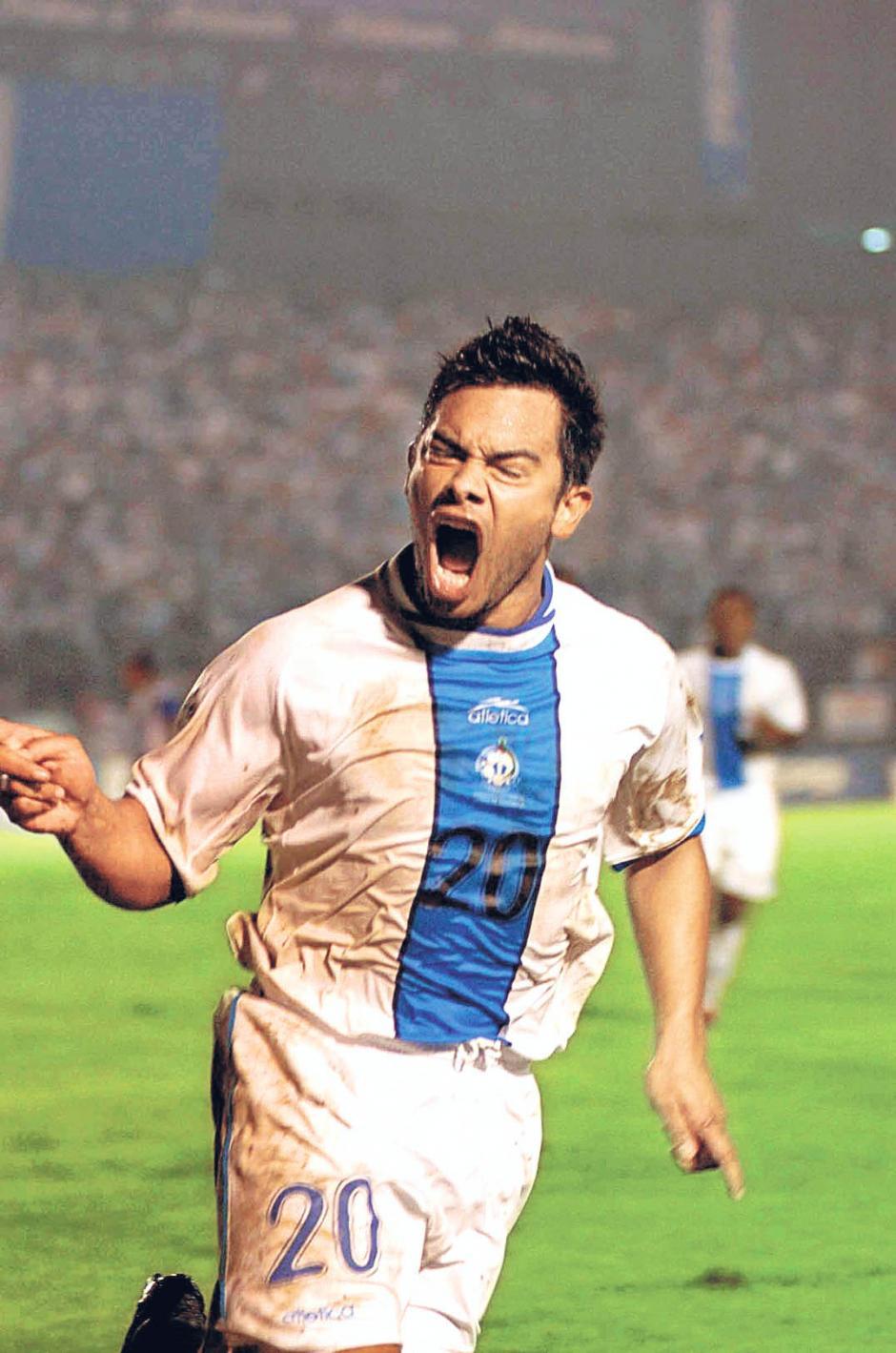 """El """"Pescado"""" Ruiz ha jugado cinco eliminatorias, rumbo a Alemania 2006 comandó el ataque de la Bicolor que estuvo cerca de la histórica clasificación.(Foto: Archivo Nuestro Diario)"""