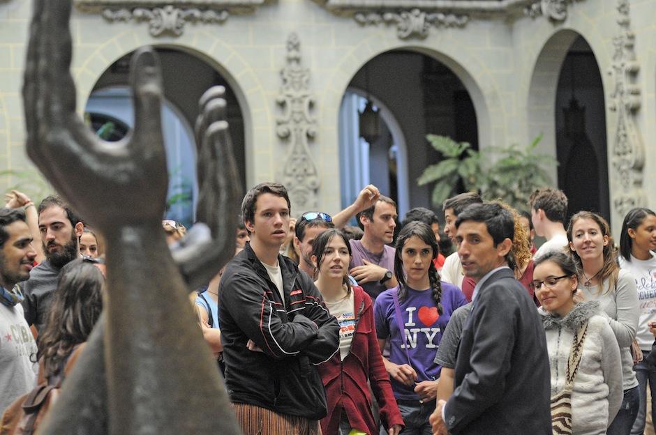 """Ex becarios, participantes de diversos recorridos de la """"Ruta Quetzal"""", eligieron Guatemala para descubrir sus misterios y verse de nuevo. (Foto: Esteban Biba/Soy502)"""