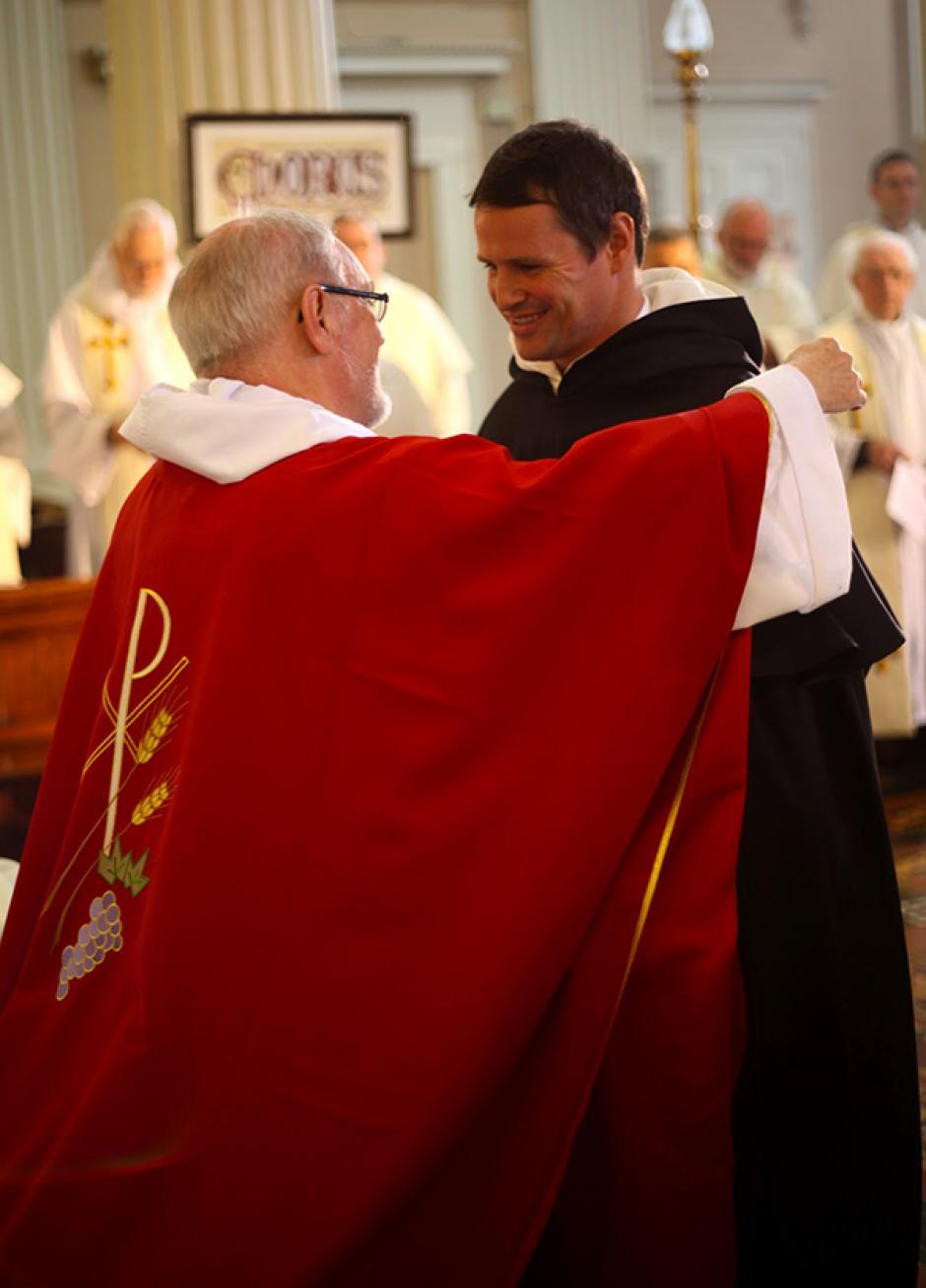 El exjugador del Manchester podría ser ordenado sacerdote en 2017. (Foto: irishdominicanvocations)