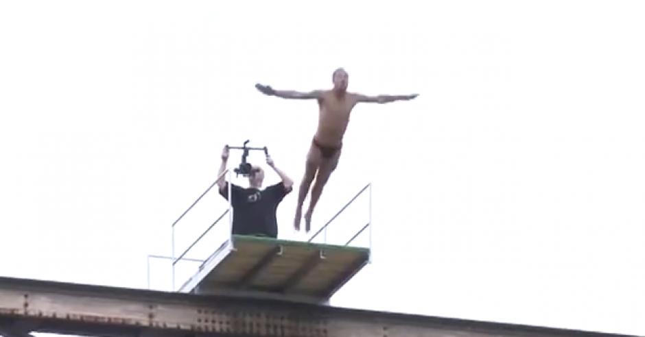 El atleta había realizado miles de saltos, según reportaron las autoridades. (Foto: Captura de YouTube)