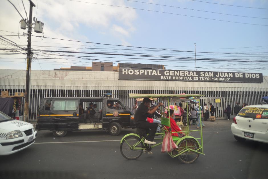 El hospital San Juan de Dios también tuvo un paro en la consulta externa, pero fue más corto.(Foto: Wilder Lopéz/Soy502)