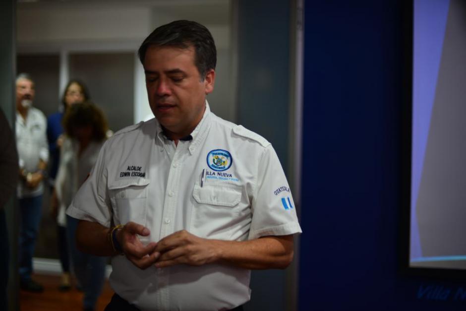 El alcalde de Villa Nueva, Edwin Escobar explicó sobre la denuncia. (Foto: Jesús Alfonso/Soy502)