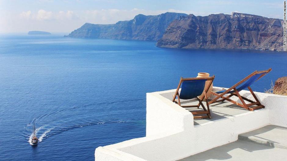 Santorini es el lugar privilegiado en Grecia para muchas parejas que disfrutan de su luna de miel.