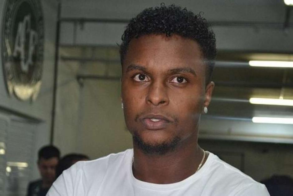 Moisés Ribeiro Santos no viajó con el equipo ese día debido a una lesión. (Foto: Olé)