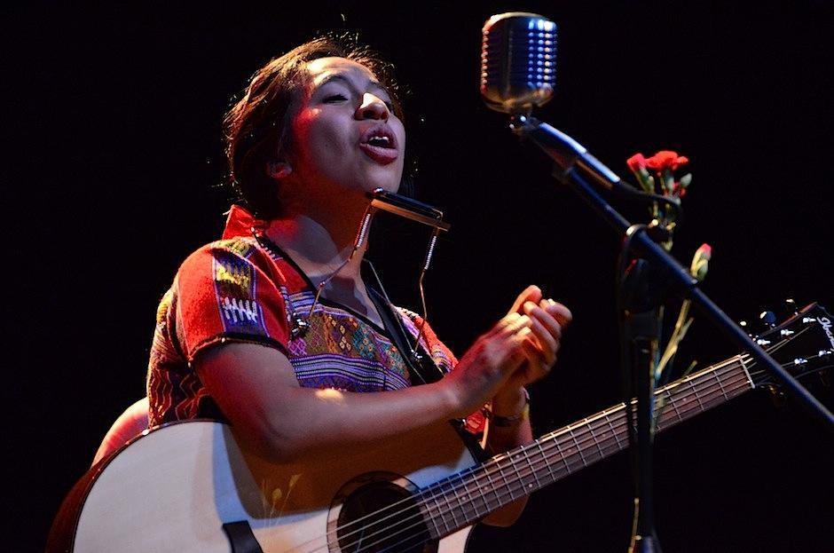 La intérprete presentó un emotivo show. (Foto: Selene Mejía/Soy502)