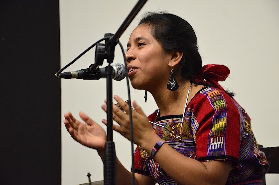 """Sara también interpretó """"Niña"""", en este encuentro musical. (Foto: Selene Mejía/Soy502)"""