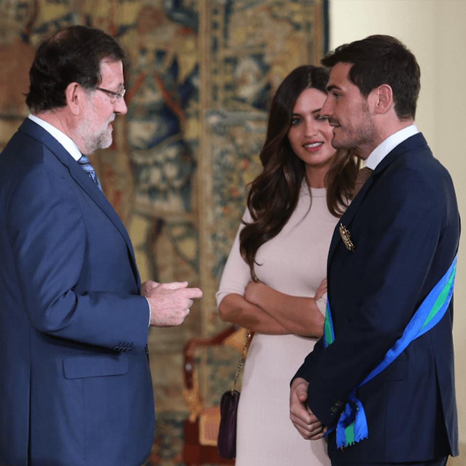 El portero fue condecorado por el presidente Mariano Rajoy. (Foto: zeleb.es)