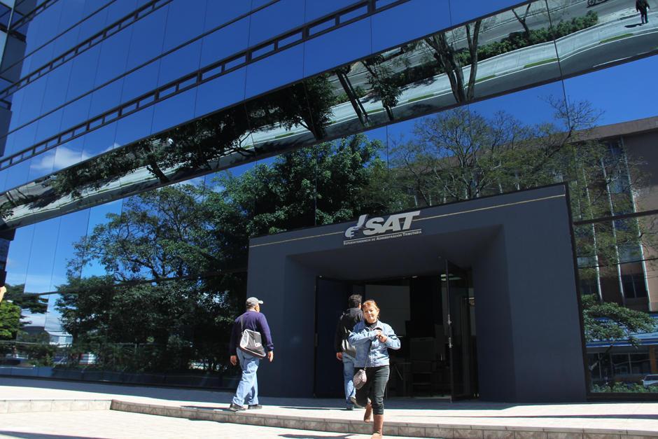 Las empresas y contribuyentes deben solventar sus deudas con la entidad. (Foto: Archivo/Soy502)