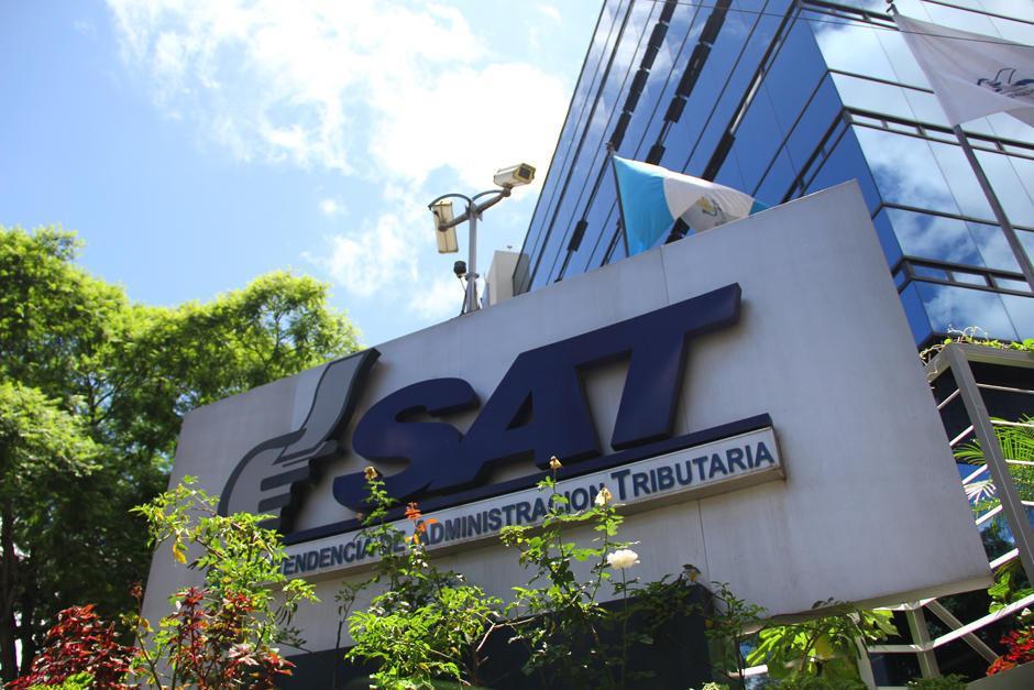 La SAT podrá acceder a los registros bancarios de los contribuyentes. (Foto: Archivo/Soy502)