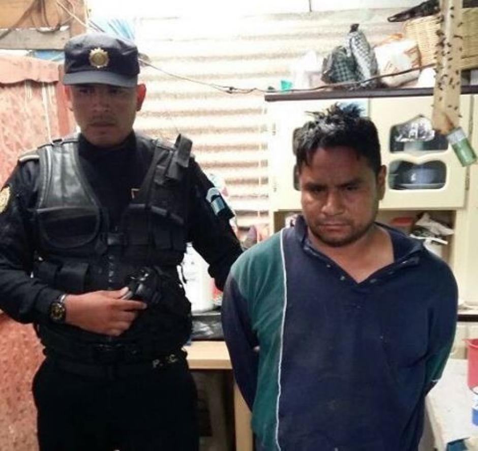 Saulo Inés Jiménez Martínez es uno de los capturados, sindicado del delito de extorsión. (Foto: PNC)