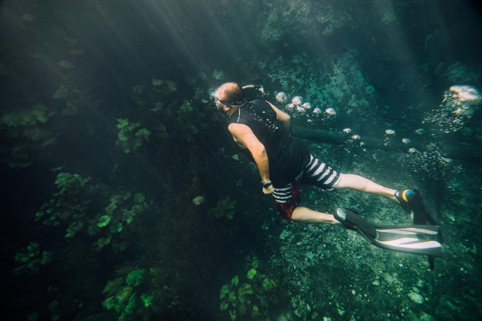 Para nadar en las aguas, es aconsejable que las personas no utilicen productos como bloqueador de sol para evitar la contaminacion del arroyo.(Fabriccio Díaz)