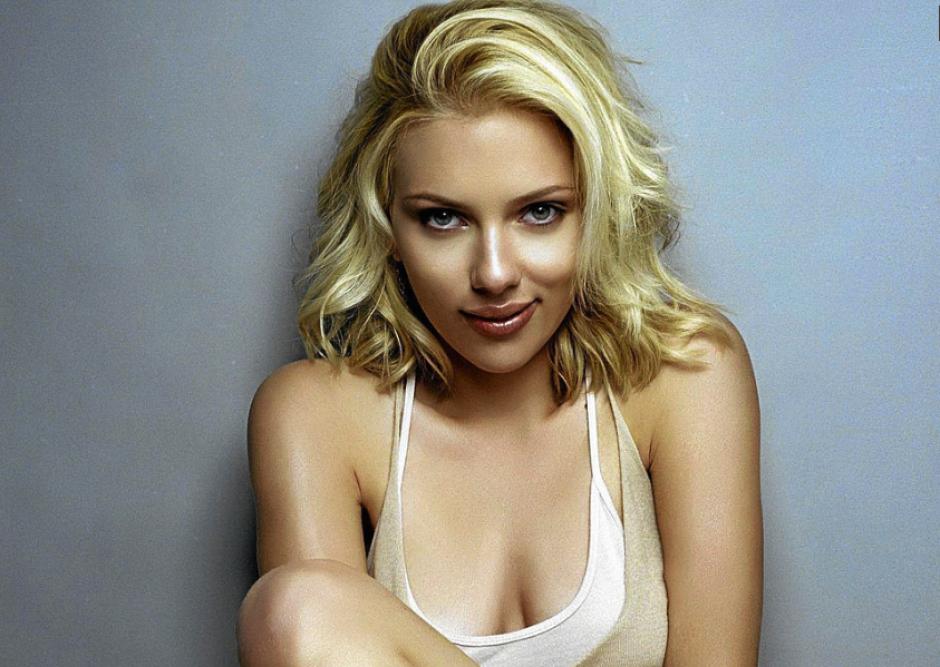 Scarlett Johansson es la mujer mas sexy del mundo según la revistaEsquire.