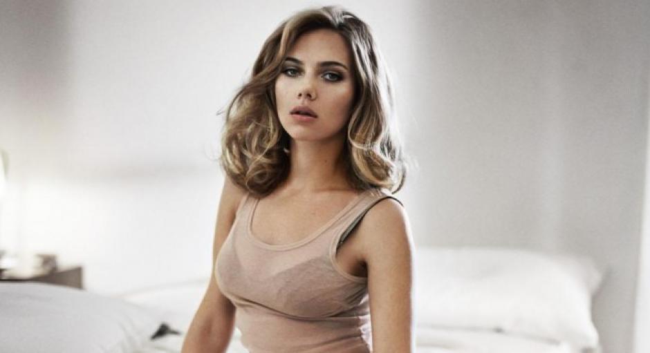 En 2006 cuando tenia 21 años, Scarlett Johansson fue coronada por primera vez como la más sexy.