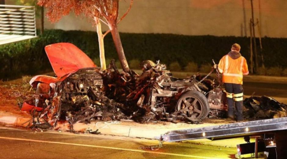 Así quedó el vehículo en el que viajaba el actor, junto a su amigo salvadoreño, tras el accidente.
