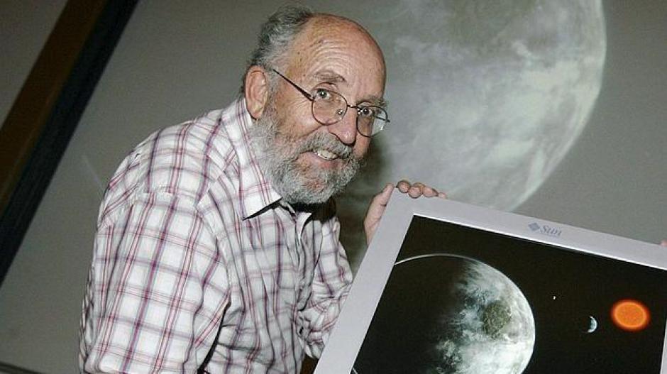 Otro de los referentes es Michel Mayor, un astrónomo de 71 años que el pasado noviembre pudo determinar que el planeta Kepler-78b era el más parecido a la Tierra de todos los encontrados hasta el momento, teniendo en cuenta su nivel de rocosidad, tañamo y masa. (Foto: ABC)