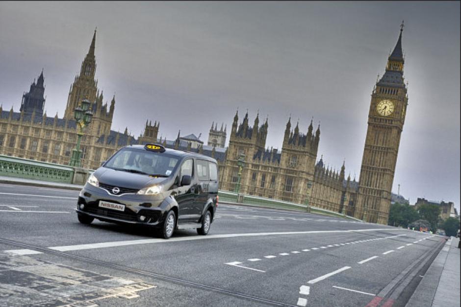 Nissan, que ya ha trabajado en un proyecto similar en Nueva York, presentará su modelo de taxi londinense NV200. (Foto: Nissan)