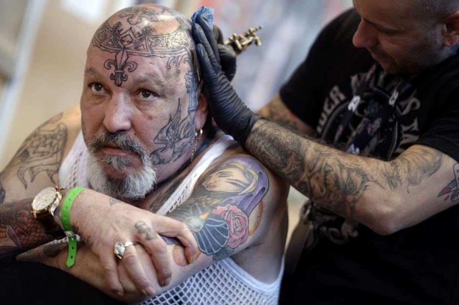 El Mundual de Tatuajes inició el viernes y finalizará este domingo. (Foto: AFP)