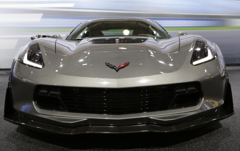 GM presentó en el marco de este evento su Corvette convertible más poderoso. (Foto: EFE)