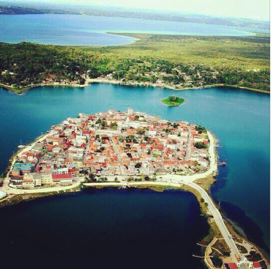 Vista aérea de la Isla de Flores, Petén. (Foto: Instagram/guatefotos)