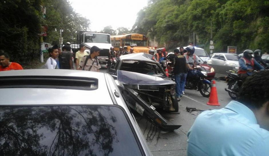 El accidente dejó a ocho personas heridas que fueron trasladadas por los cuerpos de socorro. (Foto: Luis Barrios/Soy502)