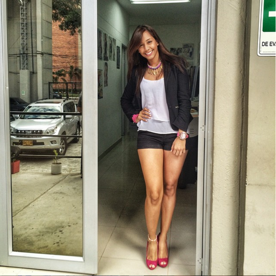 Juliana López  modelo colombiana foto 01