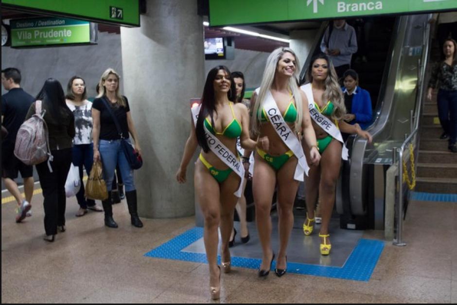 Las aspirantes a Miss Bum Bum Brasil 2015, se hicieron notar en el metro de Sao Paulo. (Foto: Miss Bum Bum)