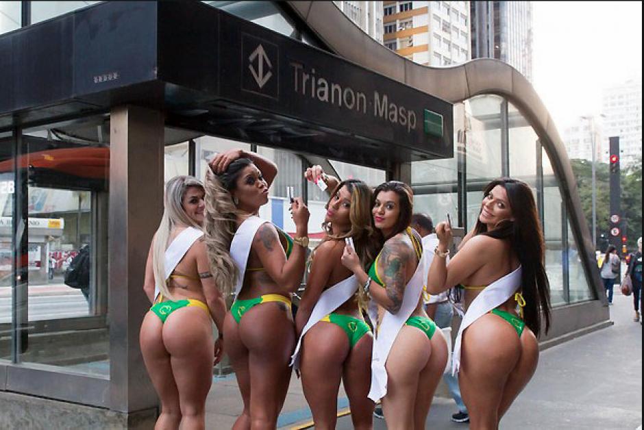 Las cinco aspirantes a Miss Bum Bum 2015, causaron sensación en el metro de Sao Paulo. (Foto: Miss Bum Bum)