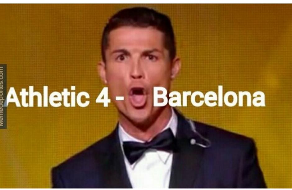 La peculiar imagen de Cristiano Ronaldo cuando ganó el Balón de Oro fue utilizada para reflejar el marcador. (Foto: MemeDeportes.com)