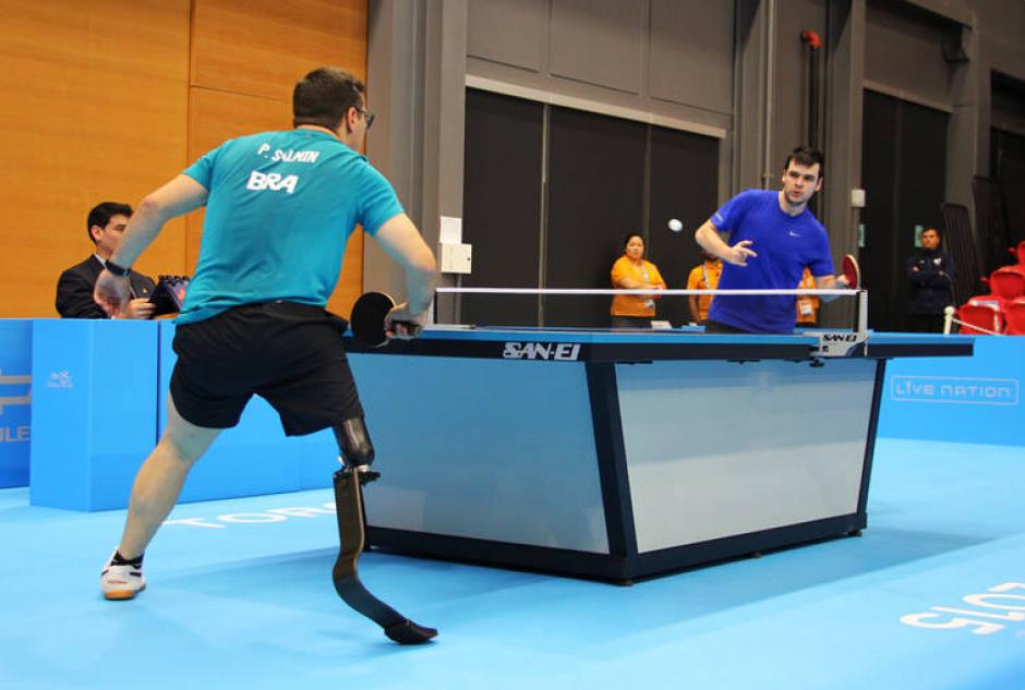 Imagen del encuentro de tenis de mesa entre Brasil y Chile.(Foto: Página oficial de los Juegos Parapanamericanos de Toronto 2015)