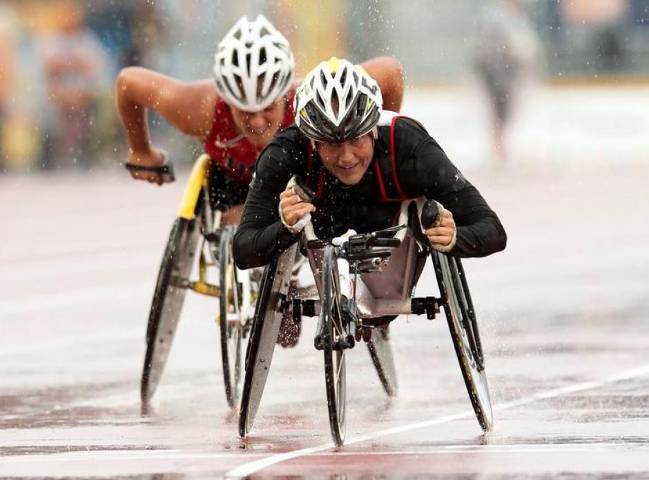 Con mucho esfuerzo, la canadiense Diane Roy compitió en la prueba de los 800 metros de Atletismo.(Foto: Página oficial de los Juegos Parapanamericanos de Toronto 2015)