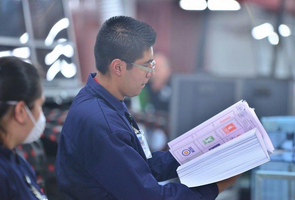 La impresión de papeletas ya empezó a cargo de la empresa PBS Guatemala, S.A. (Foto: Wilder López/Soy502)
