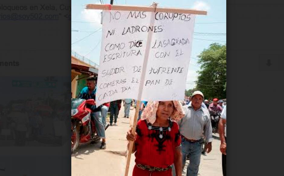 En Alta Verapaz también se registran movilizaciones en contra del presidente Otto Pérez Molina. (Foto: Jorge García/Nuestro Diario)