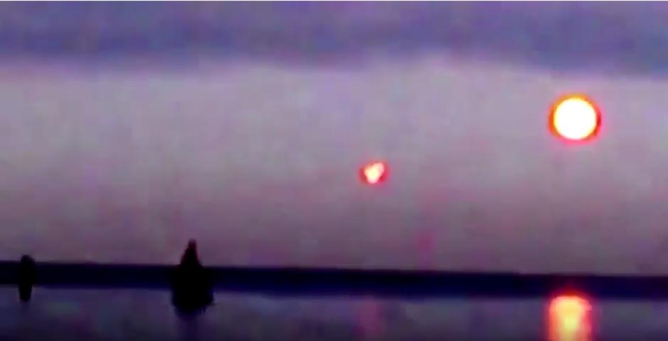 extraña luz sobre el mar Báltico foto