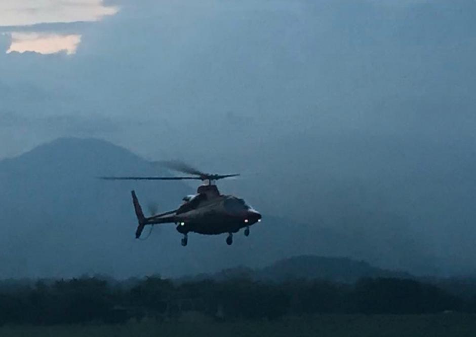 El helicóptero de Baldizón aparentemente arribó a El Salvador a las 18:16 horas. (Foto: Enrique Godoy/Facebook)