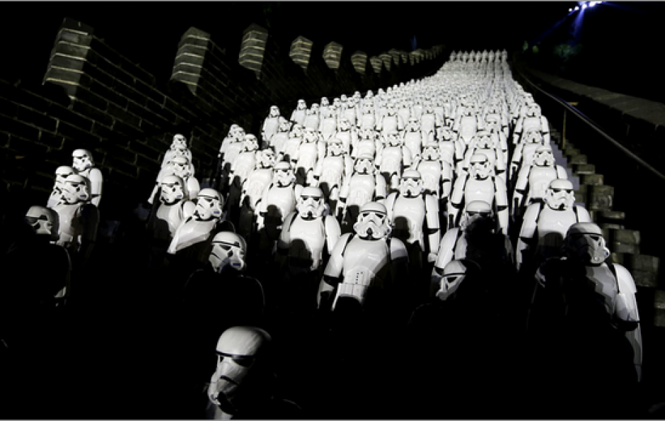 500 Stormtroopers plásticos fueron utilizados para promocionar la película en China. (Foto: emol.com)