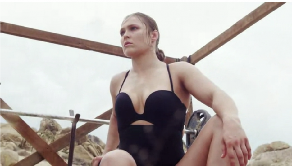 Ronda tiene una mirada que mata, pero un atractivo que enamora a cualquier hombre.(Foto: Self Magazine)