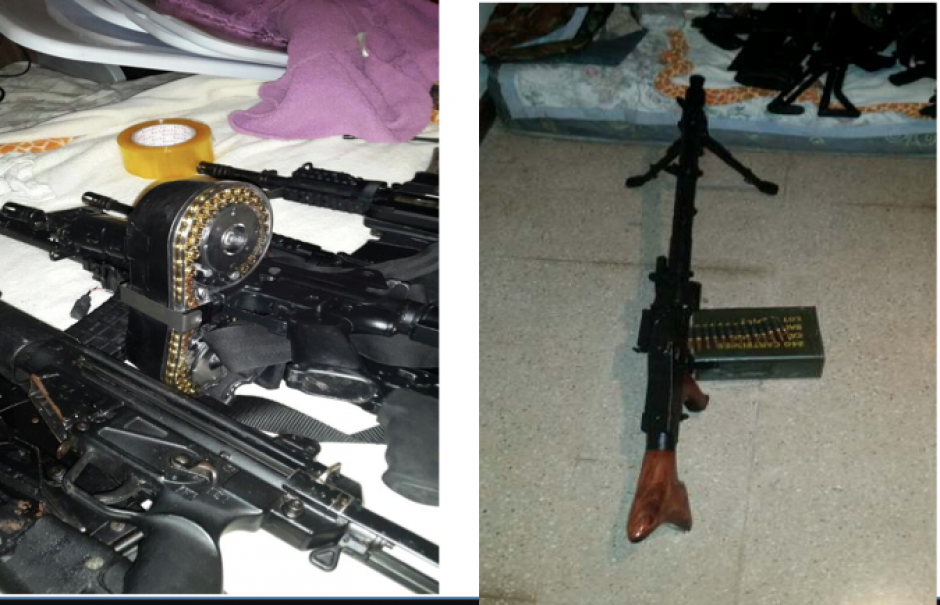 Diez armas largas fueron encontradas en las viviendas que eran bodegas del narco. (Foto: MP)