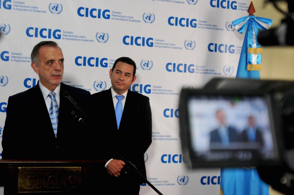 Durante reunión con CICIG, Jimmy Morales aseguró que pedirá la prorroga de su mandato para que permanezca en el país hasta el 2021. (Foto: Alejandro Balán/Soy502)