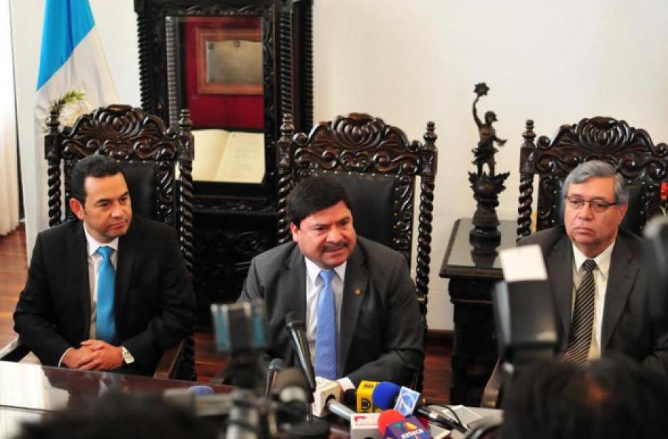 En los primeros días de presidente electo, Jimmy Morales tuvo bastantes reuniones. Entre ellas, con el presidente de la CSJ. (Foto: Archivo/Soy502)