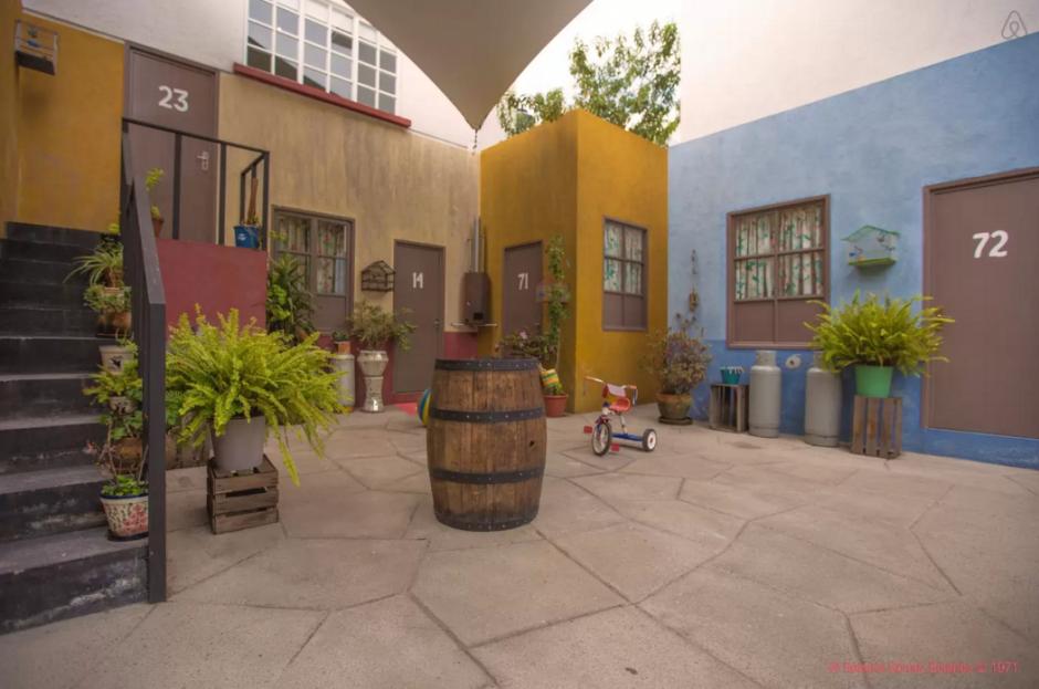 """Recrean la vecindad de """"El Chavo del 8"""". (Foto:Airbnb)"""