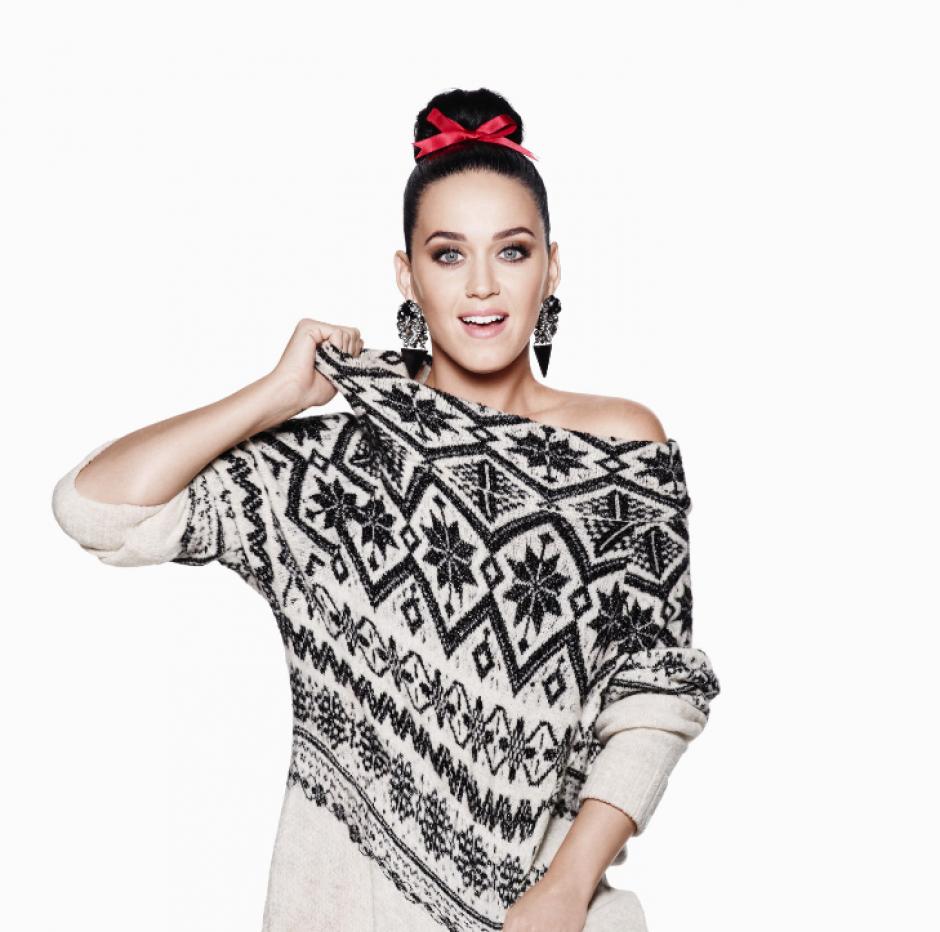 La divertida Katy Perry es parte de la campaña navideña de H&M. (Foto: H&M)
