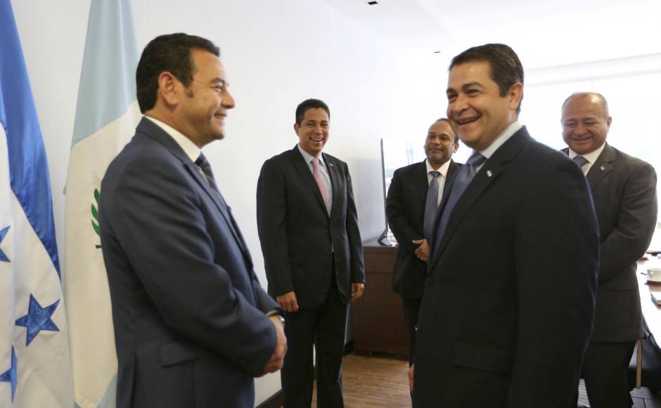 La reunión entre el presidente de Honduras y el presidente electo, Jimmy Morales fue muy cordial. (Foto: Presidencia de Honduras)