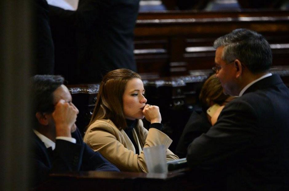 Daniela Beltranena estuvo en el Hemiciclo, sin embargo, no ratificó su renuncia. (Foto: Wilder López/Soy502)